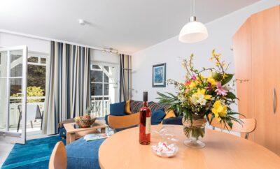**** Seeschloss Ferienwohnung 19 – Strandpromenade Binz mit Balkon