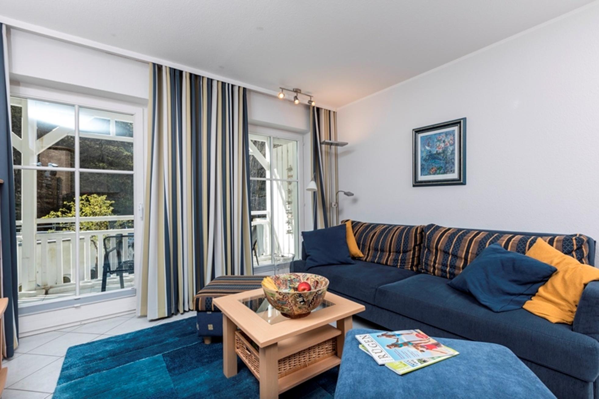 Seesschloss-Binz - Ferienwohnung 19 direkt an der Strandpromenade in Binz auf Rügen