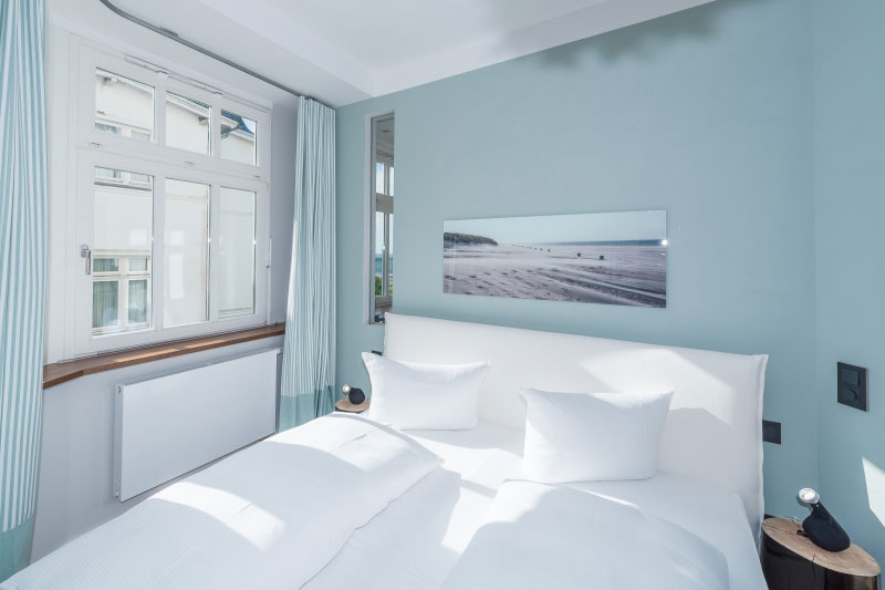 Villa Strandeck - Ferienwohnung 4 - direkte Strandlage in Binz auf Rügen