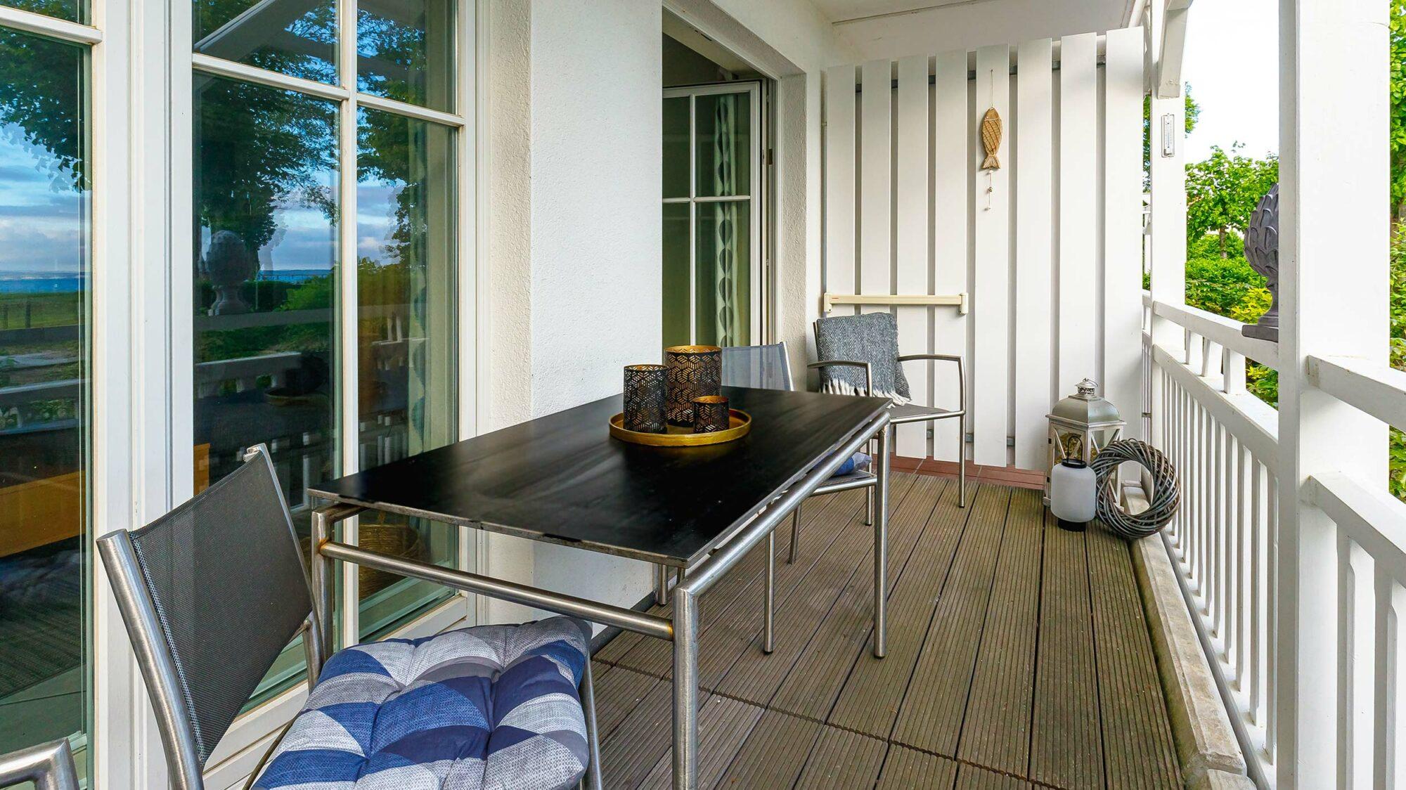 Seeschloss Appartment 1 mit Balkon und Terrasse an der Strandpromenade Binz